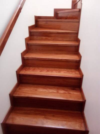 Escaleras en madera | amarilla.co